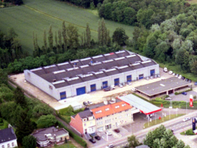 Comsmail moves to larger industrial building in Leuven